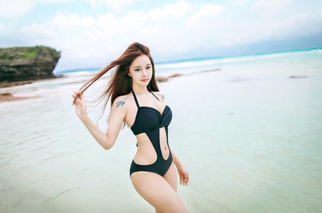 nong-hung-huc-ngam-Cho-Min-Yeong-khoe-than-khieu-khich (1)