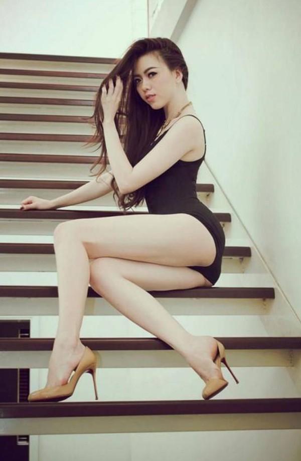 vu-hoang-diep-gay-sot-voi-bo-anh-bikini (8)