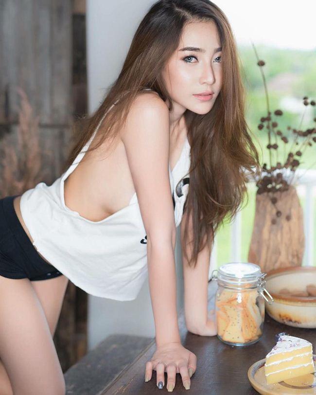 chet-sung-vi-vong-mot-cang-mong-cua-Bowlki-Phasinee (5)