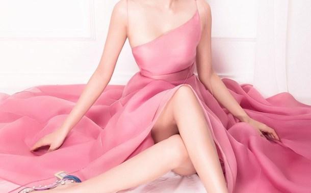 Phạm Hương xinh đẹp hết phần người khác trong bộ ảnh mới