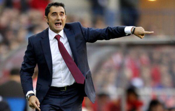 HLV Valverde không nhận tiền đền bù từ Barca
