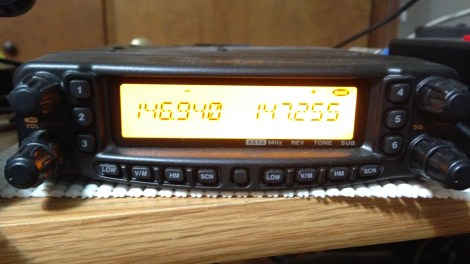 Yaesu FT-8900 dual-band amateur radio transceiver tuned to 146.94 MHz and 147.255 MHz