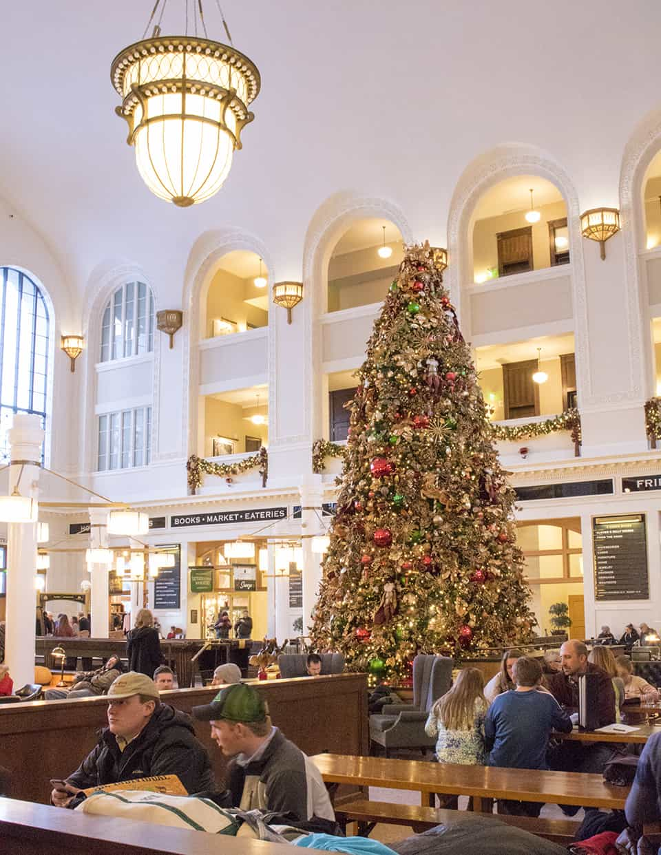 Union Station in Denver is a lovely spot for a romantic date (we'll definitely be back for Valentine's)