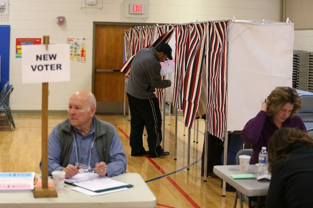 """New Hampshire Voters Head To The Polls For State's """"First In The Nation"""" Primary"""