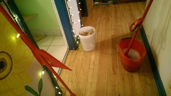バスルーム掃除道具