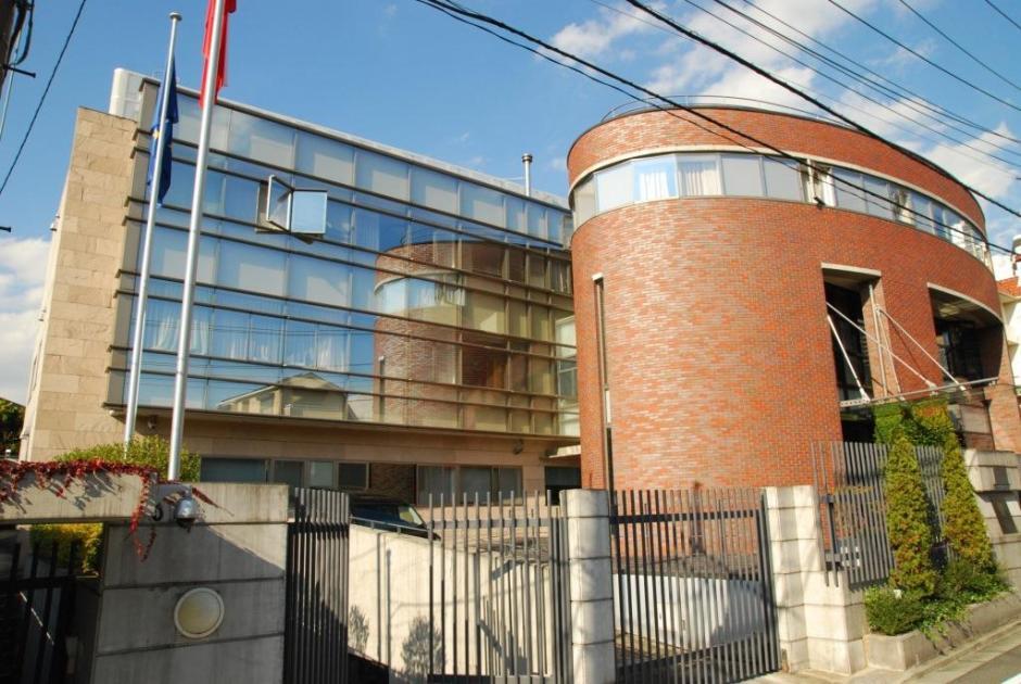 ポーランド大使館 ワーキングホリデー 申請