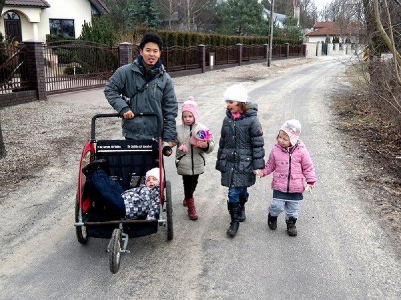 子供 ポーランド 仕事