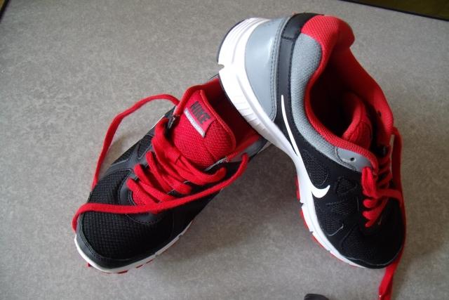 ジョギングにはランニングシューズが必須?靴選びの重要性