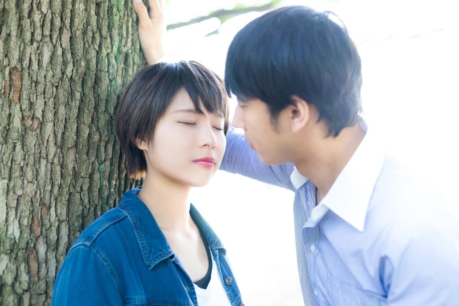 男性はキスは好きでない子とでもできるの?男性の態度で分析