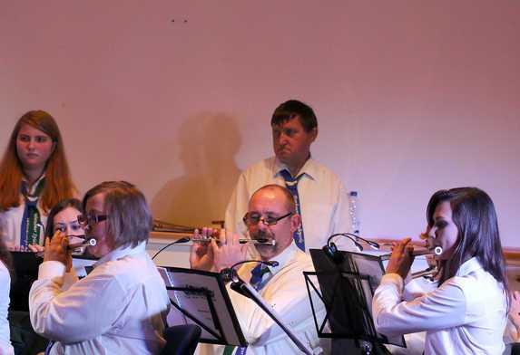 Zusammen gaben nun die Musiker des ehemaligen Tambourinkoprs und der Spielleute ein Konzert in Fischlaken.