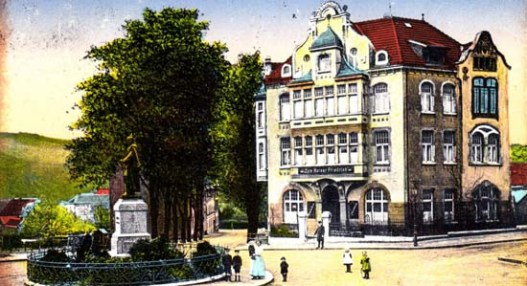 Historische Ansicht des Kaiser-Friedrich-Hauses aus dem Jahr 1916.