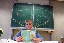Tobias Heermann entschied den Vorlesewettbewerb der Marienschule für sich.