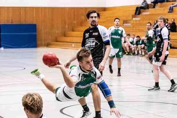 Handball-1_Herren_Nico_Heitzer