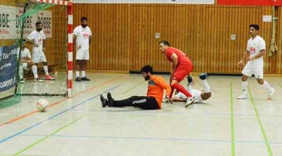 Hallenfußball-SCWH-vs-Mesopotamia-3