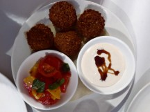 Falafel with hummus, tomato & orange