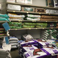 Pet & Farm Animal Supplies