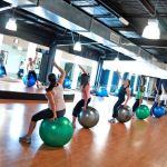 Beneficiile fitness-ului cu mingea fitball