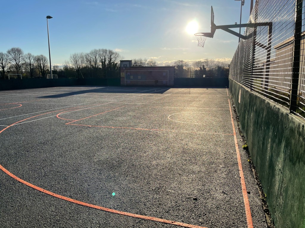 MUGA hoops playing wall
