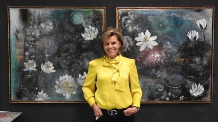 Die Bilder von Angelina Aschmann, Kilchberg, kommen auf der schwarz bemalten Wand besonders gut zur Geltung.