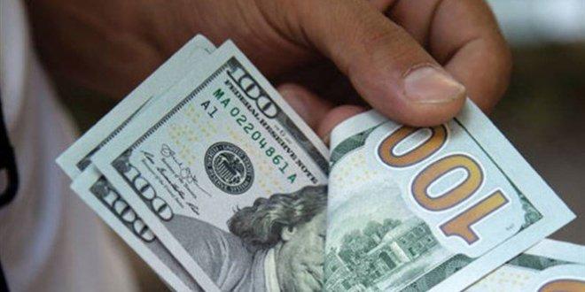 كيف فتح الدولار في السوق السوداء اليوم؟