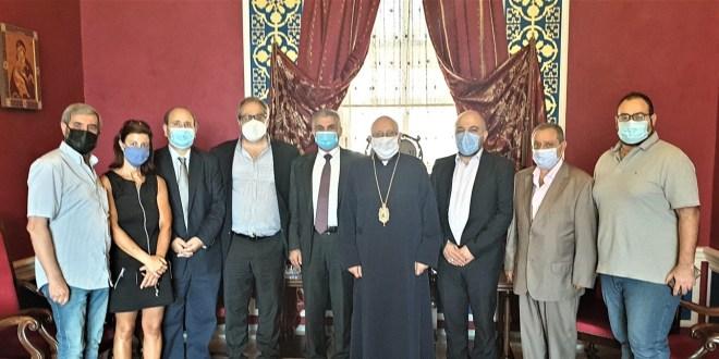 درويش عرض الأوضاع الصحية مع وفد من وزارة الصحة ورعى اطلاق البطاقة الصحة