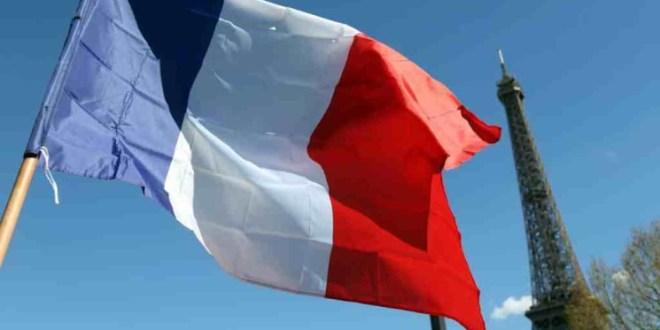 """باريس اصيبت بـ""""النقزة""""!"""