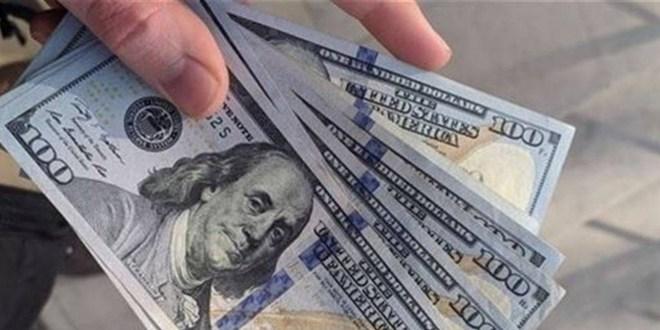 الدولار يسجل انخفاضاً في السوق السوداء.. إليكم سعره