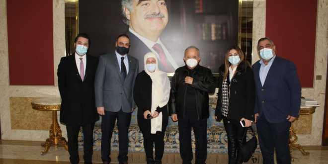 بهية الحريري التقت منسقية صيدا والجنوب: الحريري مستمر بالعمل رغم العراقيل