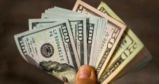 دولار السوق السوداء … كم سجل صباح اليوم؟