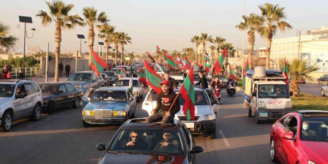 مسيرة سيارة في صيدا بذكرى استشهاد معروف سعد