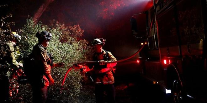 حريق يلتهم الباصات في ولاية كاليفورنيا الأميركية (فيديو)