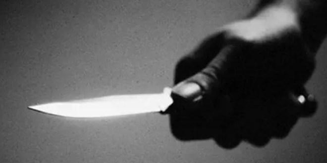 جريمة مروعة… شق رأس زوجته بساطور وقطع أصابعها!