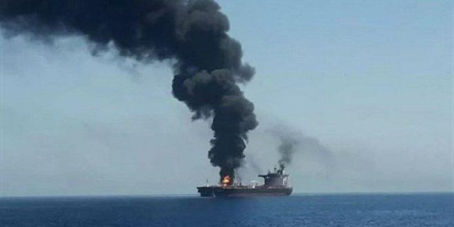 بالصور – مفاجأة بشأن الانفجار الذي أصاب السفينة الإسرائيلية في خليج عُمان!