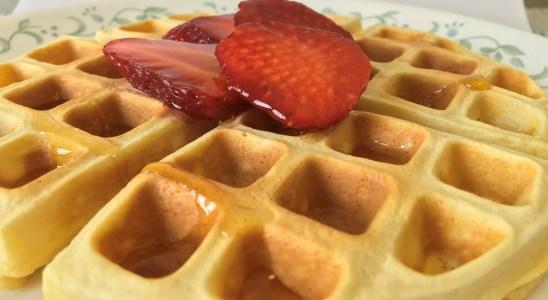 Waffles| Belgian waffles| homemade waffles