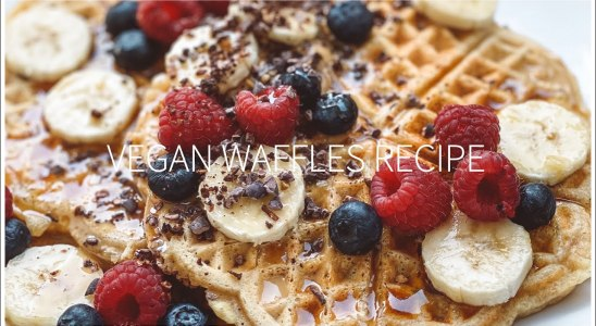 EASY VEGAN WAFFLES RECIPE - ONLY 7 INGREDIENTS