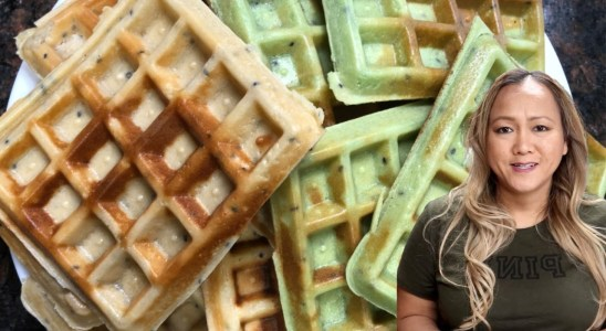 How to Make Coconut and Pandan Waffles Dessert Recipe