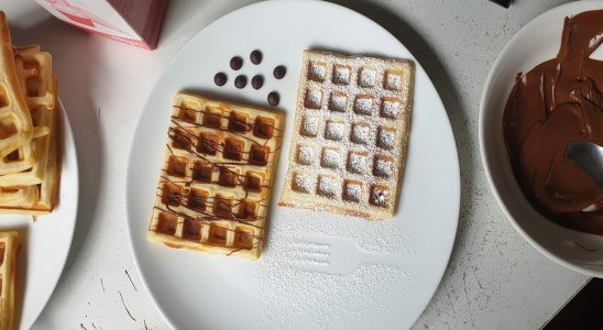 Homemade Sweet Waffles Recipe | How to make Waffles | Waffles for Kids | Quick and Easy