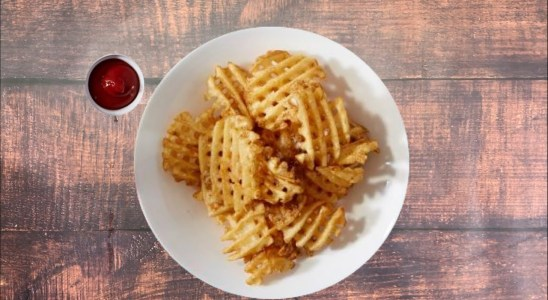 Baked CHICK-FIL-A WAFFLE FRIES in an Air Fryer video recipe Bhavnaskitchen
