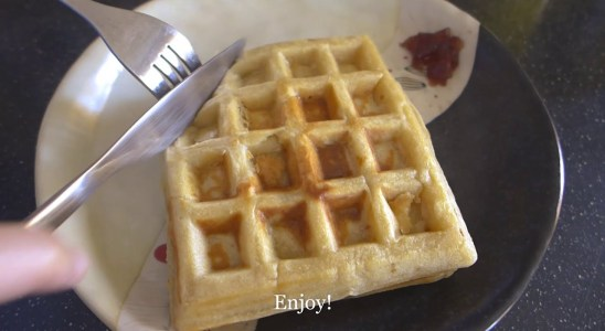 Easy Peasy Waffles Recipe | #homemade #simple #wafflesandjam #comfortfood |