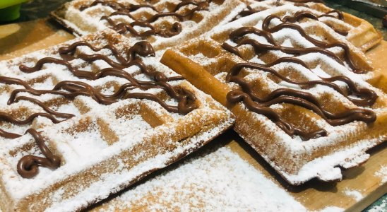 How to Make Perfect Homemade Belgian Waffles with Waffle Maker