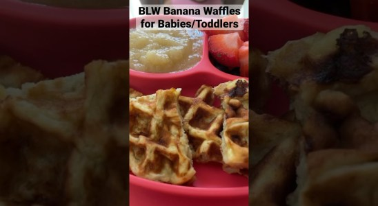 BLW Banana waffles for Babies & Toddlers - Easy 3 Ingredients Recipe