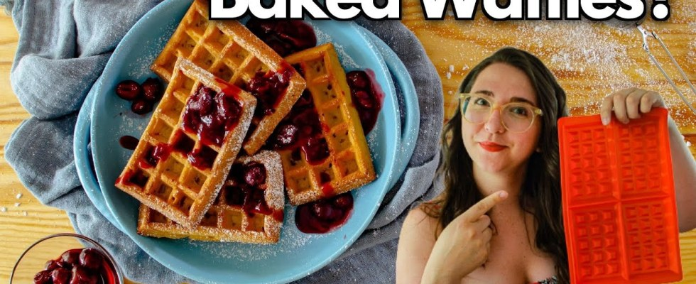 Testing the SILICONE WAFFLE FORM (Baked Waffles Recipe in the Oven)
