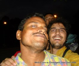 Coming back from a lake, we took a rickshaw ride to the city center, Chandigarh. The rickshaw puller asked quite a few tough questions to the Chinese passengers- Xu Jie who is looking from above my head and another girl who is peeking from above my shoulder.