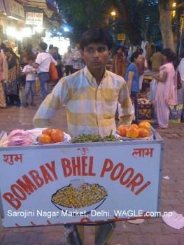 delhi sarojini nagar market bhel puri
