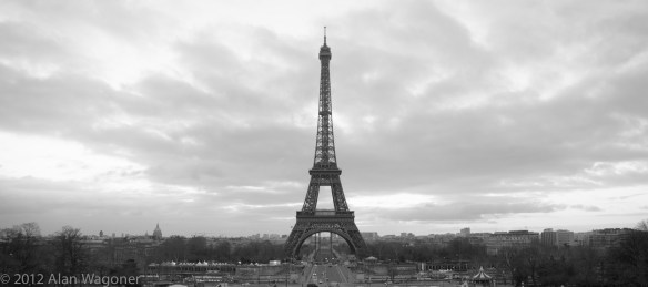 Places to see in Paris - Eiffel Tower