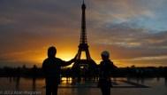 eiffel_sunrise_silhouette_1