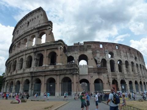 TThe Roman Forum and Colosseum