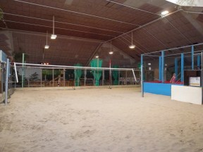 Het Meerdal indoor beach volley ball and trampoline