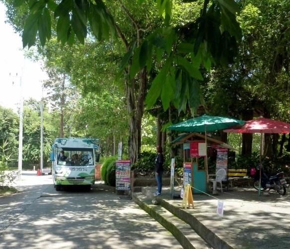 Chiang Mai Zoo and Aquarium Bus