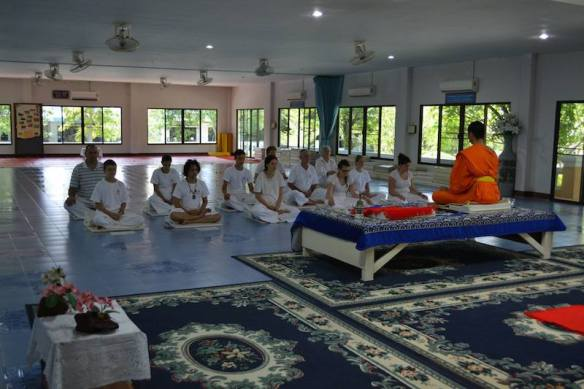 Connecting With Locals When You Travel Sitting Meditation - Chiang Mai Mediation Retreat with the Buddhist Monks